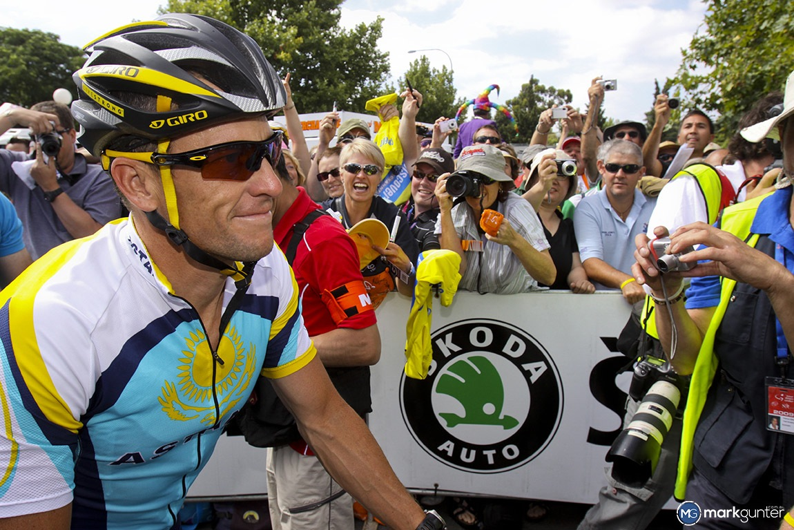 Lance Armstrong causing frenzy in 2009 at the Tour Down Under