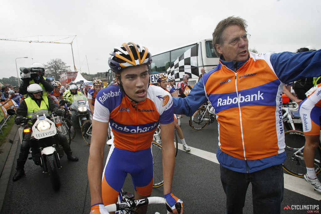 Dumoulin had a strong year in 2011 while racing for the Rabobank Continental Team. As well as winning the UCI 2.2  Le Triptyque des Monts et Châteaux, he achieved another nine top-five finishes at UCI level, earning himself a spot in the WorldTour the following year.