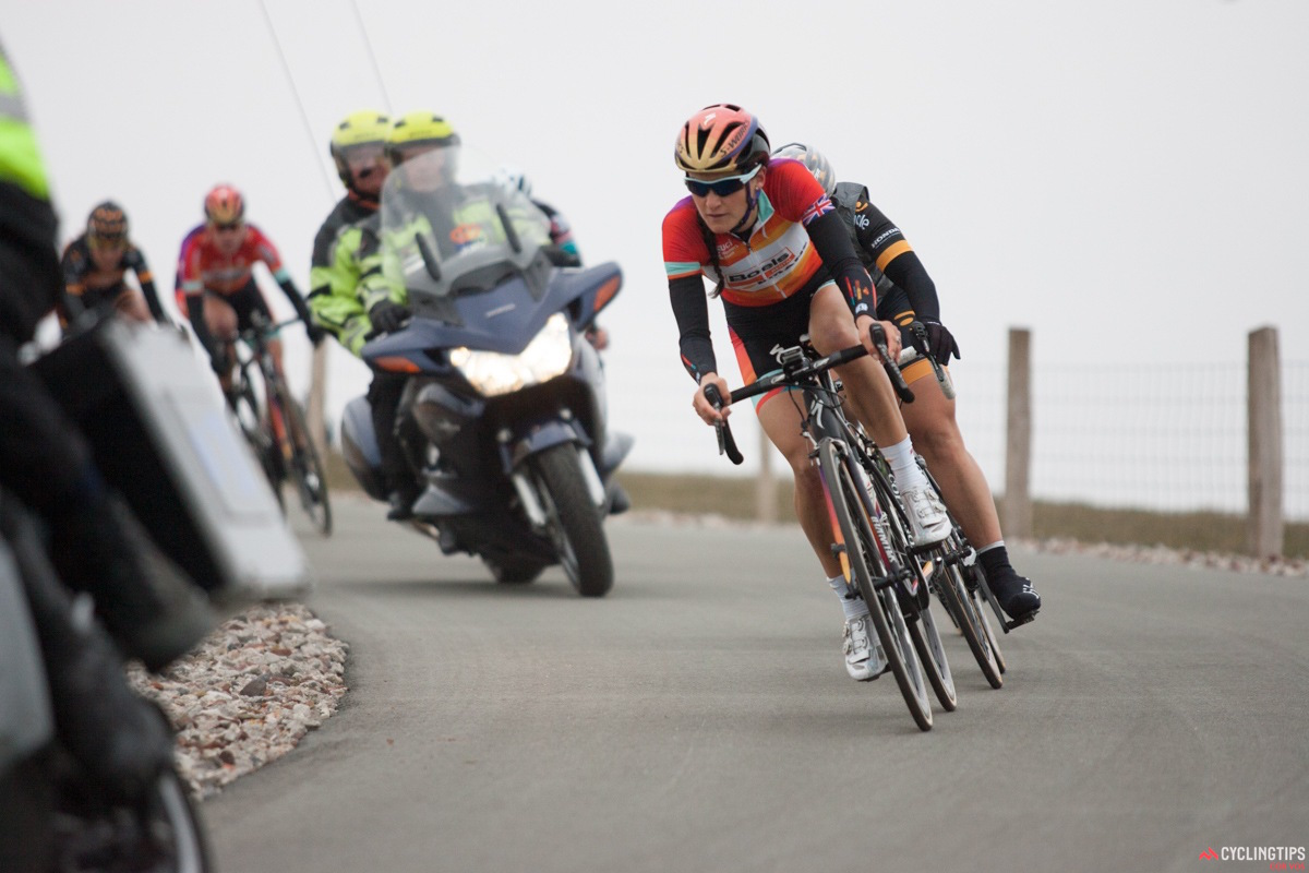 2014 Ronde van Drenthe winner Lizzie Armitstead (Boels-Dolmans) leads Audrey Cordon (Wiggle Honda) over on the third and final ascent of the VAMberg