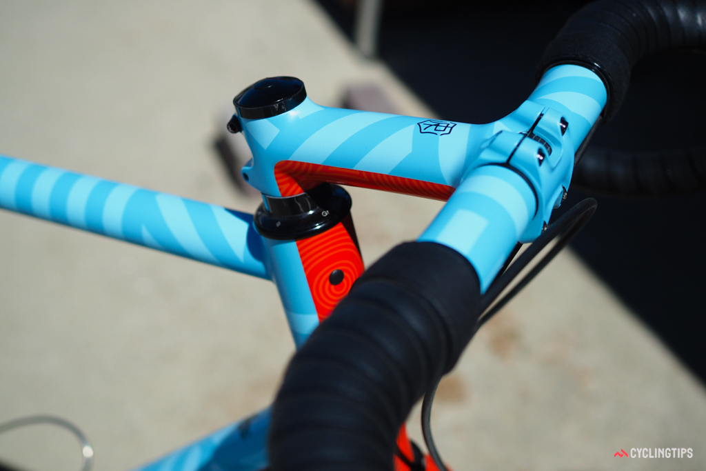 The finished-to-match stem and handlebar nicely finish the package.