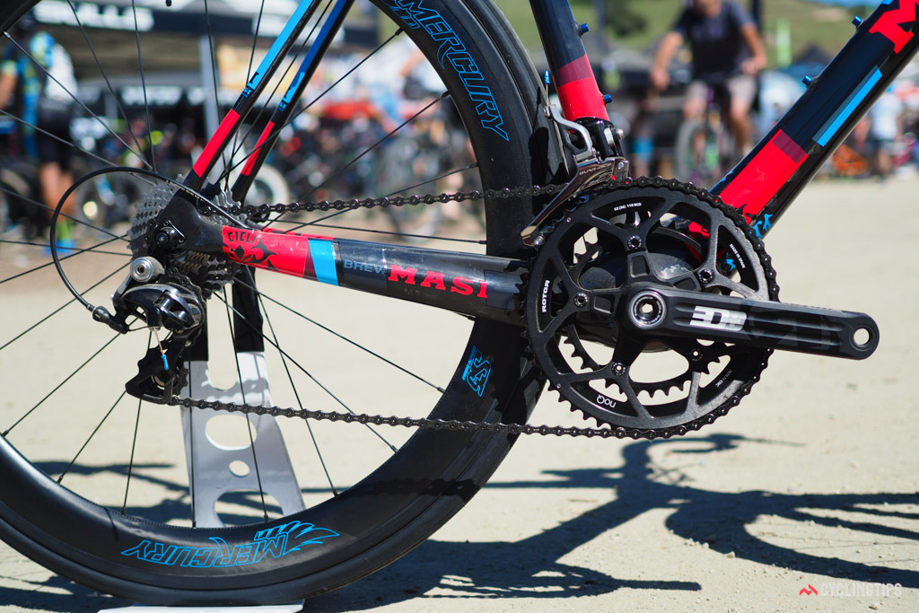 Masi equips the flagship Evoluzione model with a Rotor 3D+ crankset and Shimano Dura-Ace groupset.