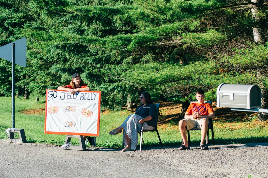 A group of spectators on the rural course claim allegiance to the Jelly Belly team, but they may be in it for the beans.