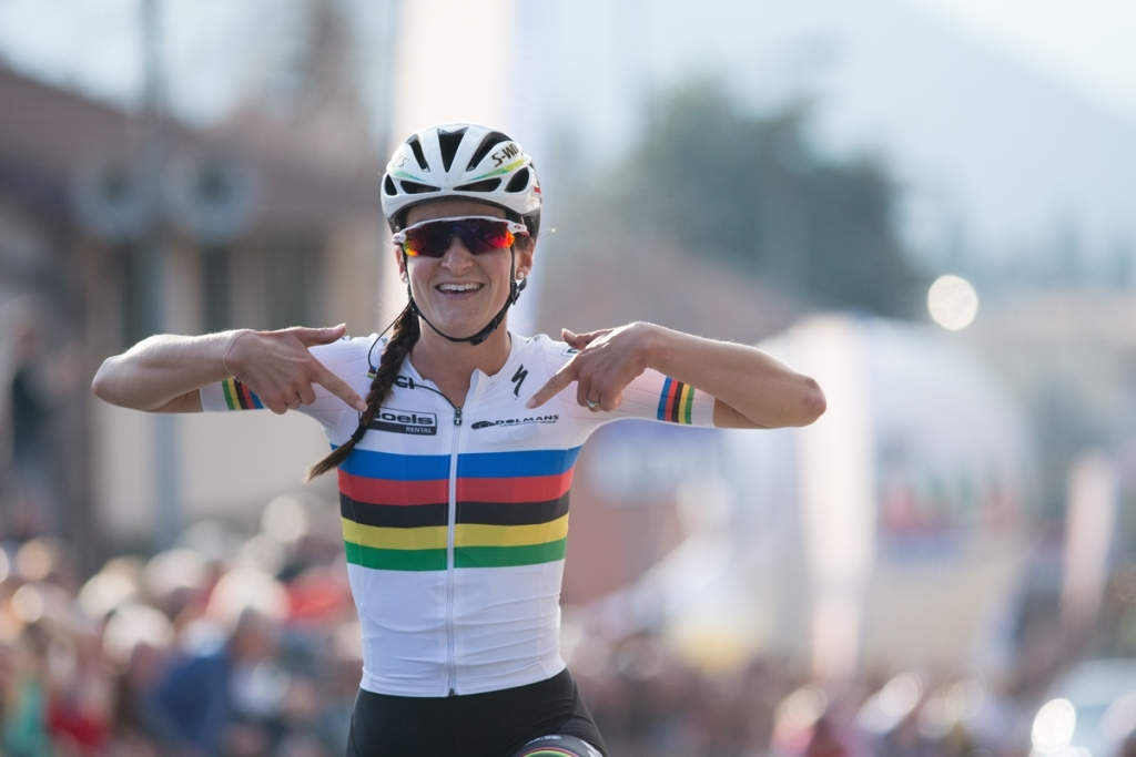 Lizzie Armitstead (Boels-Dolmans) wins the Trofeo Alfredo Binda; her second UCIWWT win and the third one for the team,