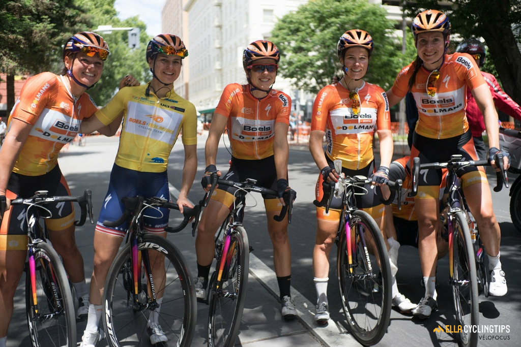 All smiles for the Boels-Dolmans team before the final stage.