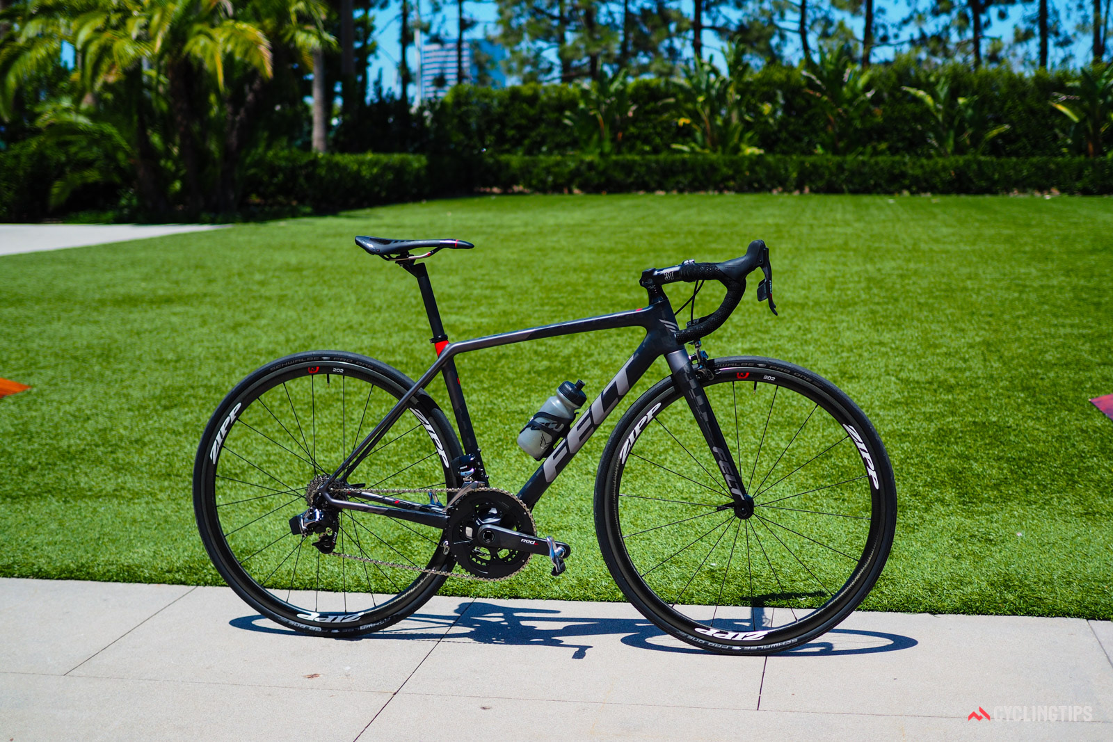 """Felt has dramatically revamped its signature F-Series to create the new FR. Wholly lacking in any aero pretenses, Felt says the FR is a """"distillation"""" of a pure race, prioritizing stiffness, weight, and ride quality above all else."""