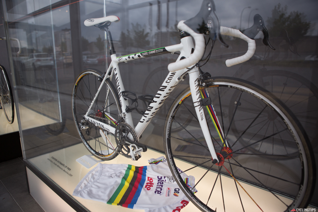 Cadel Evans had a celebratory world championship bike produced by Canyon after his 2009 win.