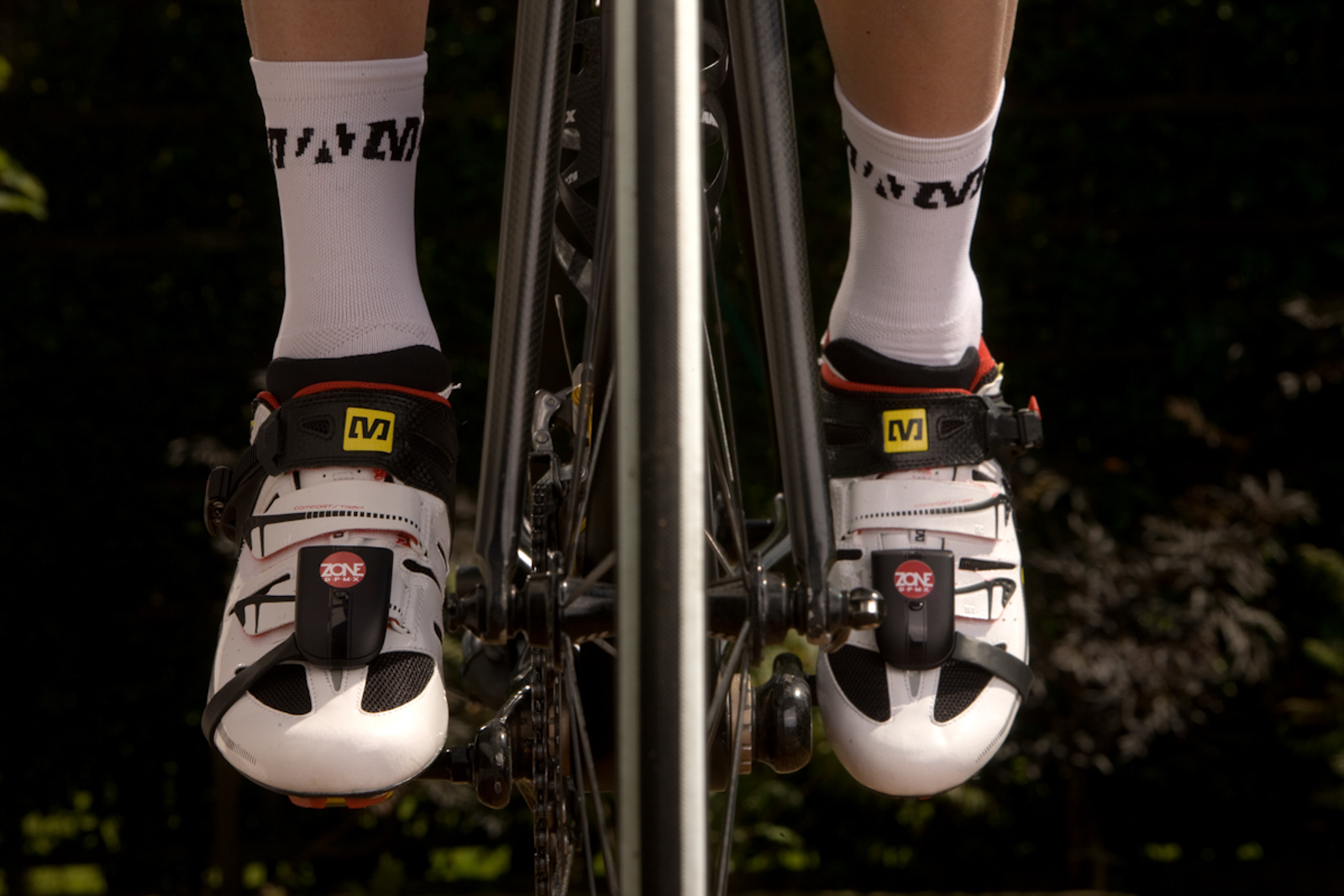 The Brim Brothers Zone DPMX was to offer true dual-sided power measurement in a very handy form factor that traveled with your cycling shoes from bike to bike.
