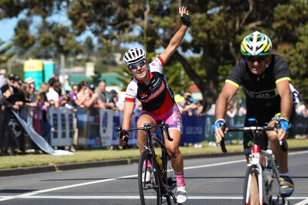 20-year-old Lauretta Hanson became the youngest female Warrny winner on Saturday