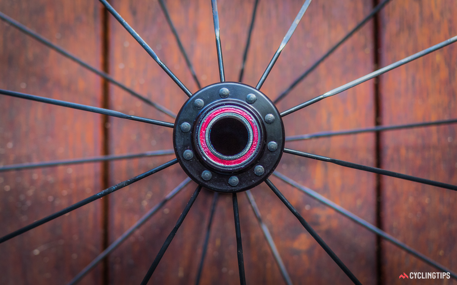 Radial lacing is used for the front hub with the spoke heads facing outwards.