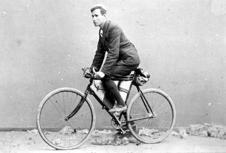 Arthur Richardson, the first to cycle the Nullabor (in 1896).