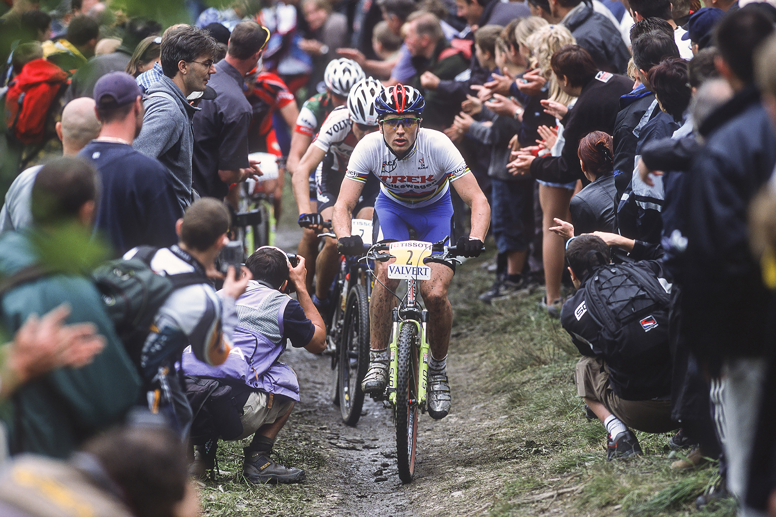 Roland Green leads Christoph Sauser at the 2002 World Cup race in Houffalize, Belgium. Photo: Malcom Fearon/Bliss Images.