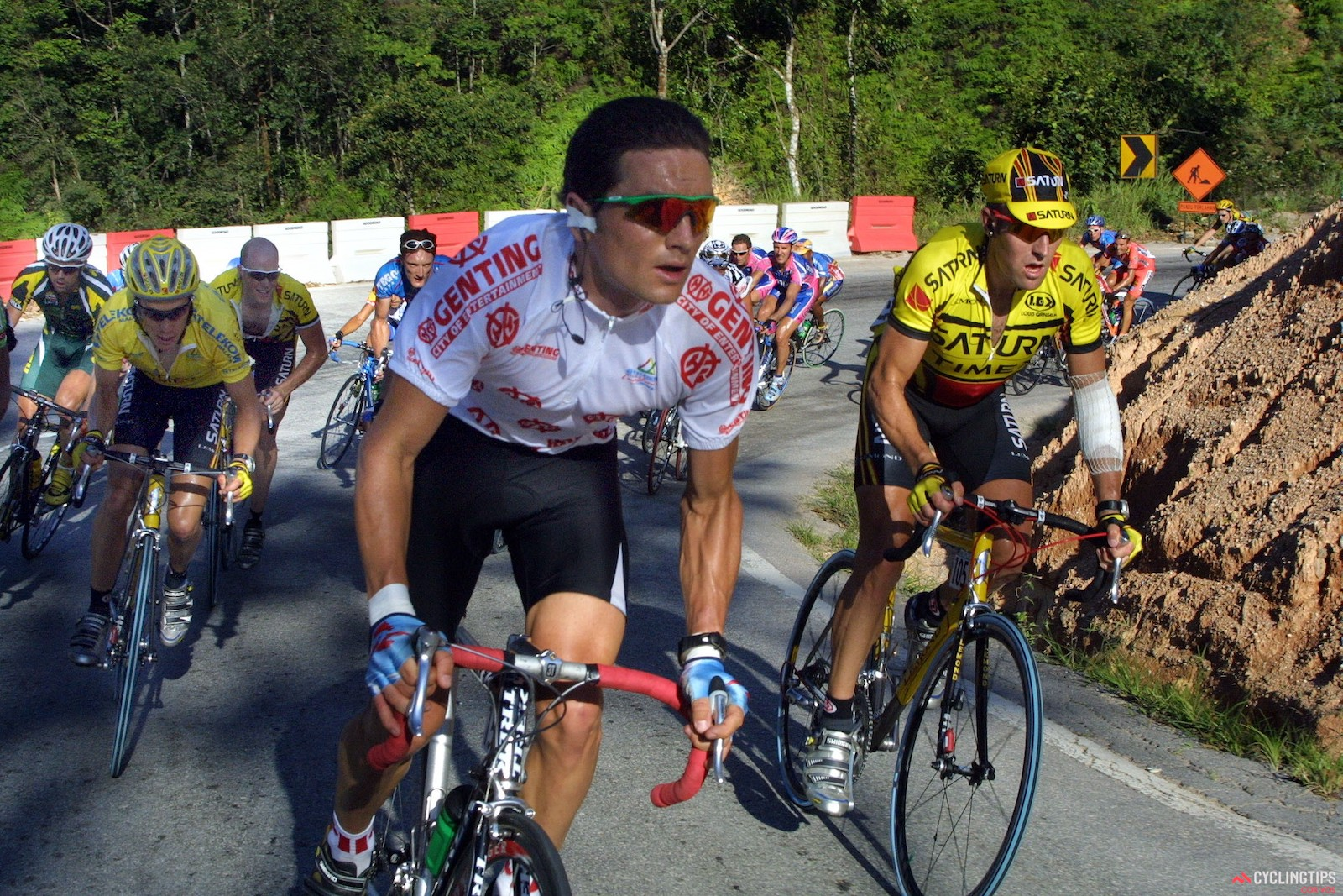 Roland Green (center) leads Saturn teammates Tom Danielson, Chris Horner, and Nathan O'Neill on Stage 8 of the 2003 Tour de Langkawi. Photo: Marketa Eng/Cor Vos