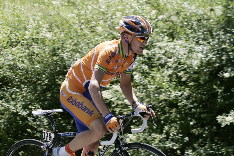 Will in action on stage 7 of the 2007 Giro d'Italia.