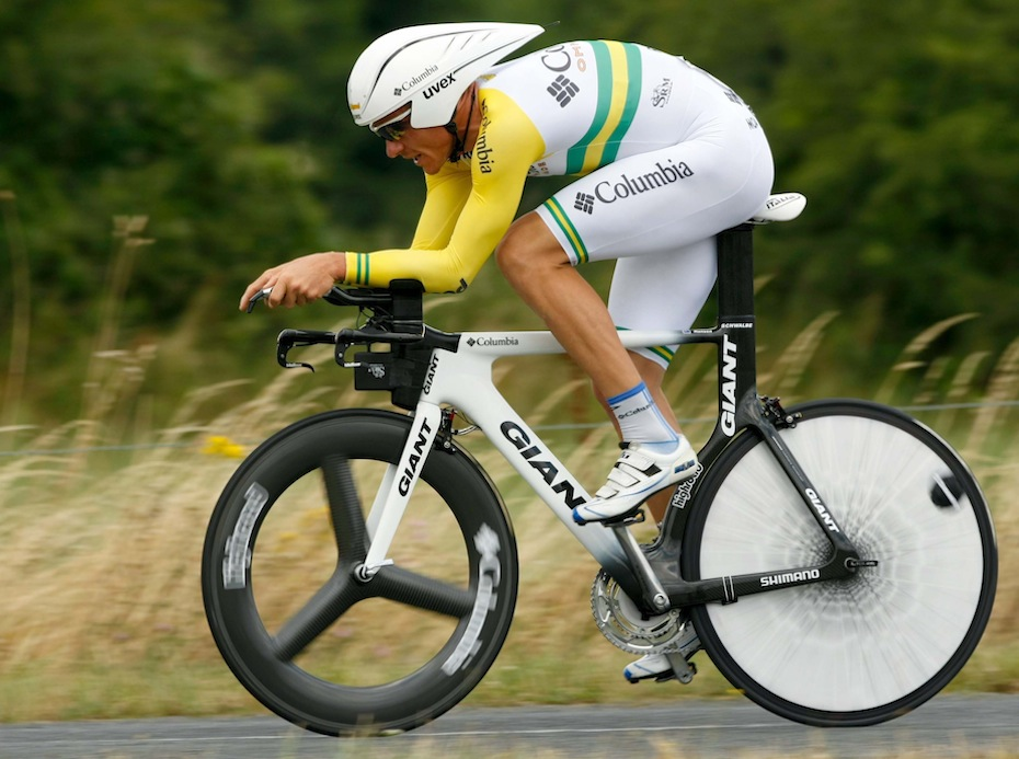 Hansen riding in the colours of the Australian national time trial champion in stage 4 of the 2008 Tour de France.