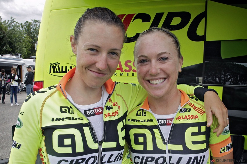 Shelley Olds (right) with her teammate Marta Tagliaferro.