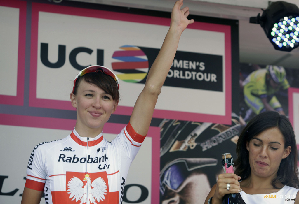 Kasia Niewiadoma (Rabo-Liv) had a bad day in the Giro Rosa, but still leads the young rider classification.