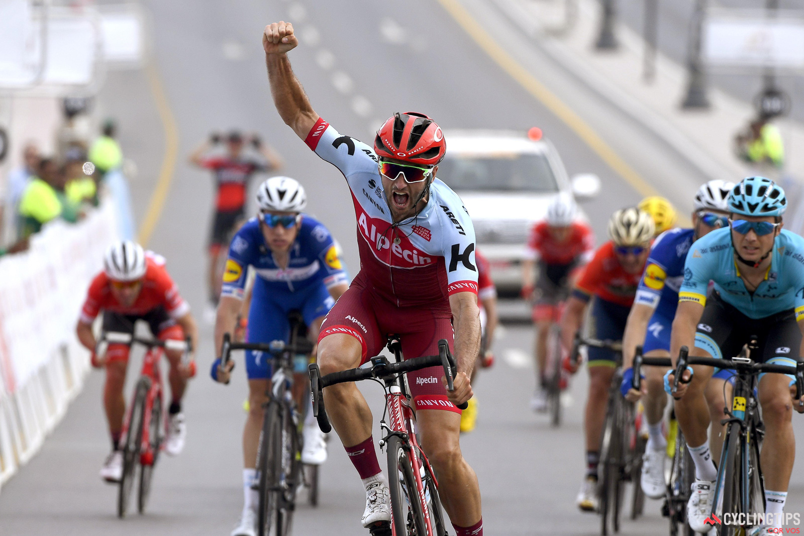 Nathan Haas wins stage 2 of Tour of Oman