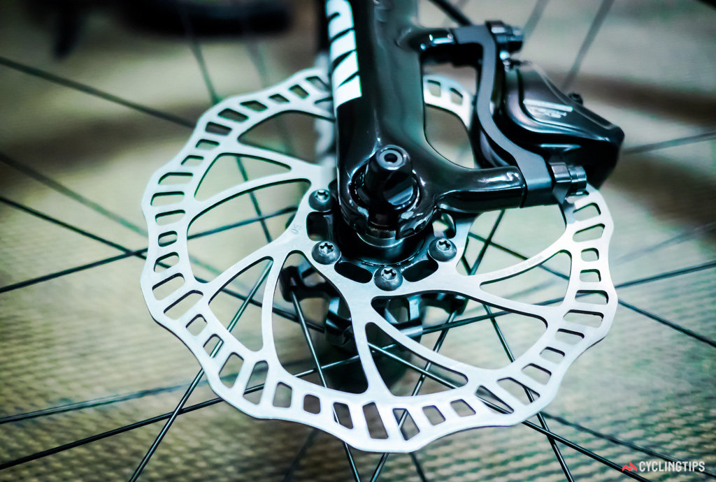 The Specialized Tarmac demo bike was fitted with a 160mm rotor at the front...