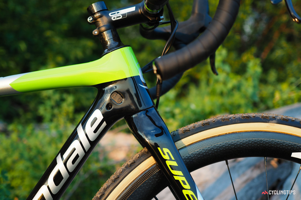 The slimmed-down fork blades supposedly help smooth out trail chatter, too.