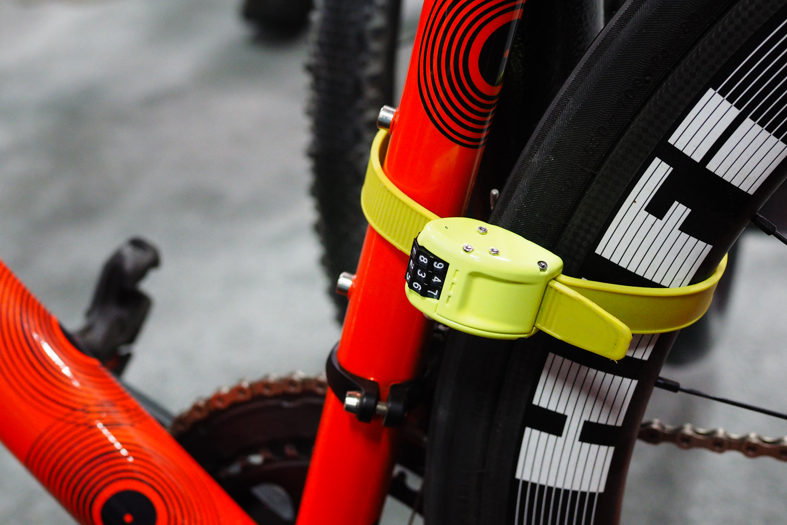 The Ottolock is a fresh take on portable bike locks with a multi-layer metal and fiber band that supposedly offers good security while still rolling up to fit in your jersey pocket. Photo: James Huang