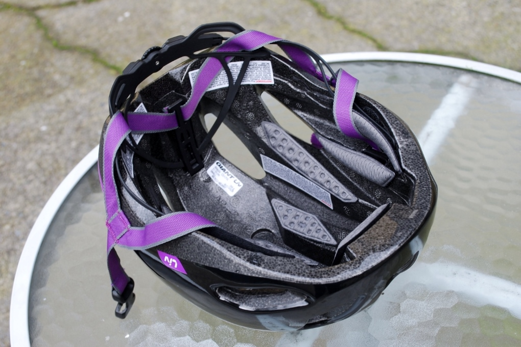 Lots of vents and airflow throughout the helmet.