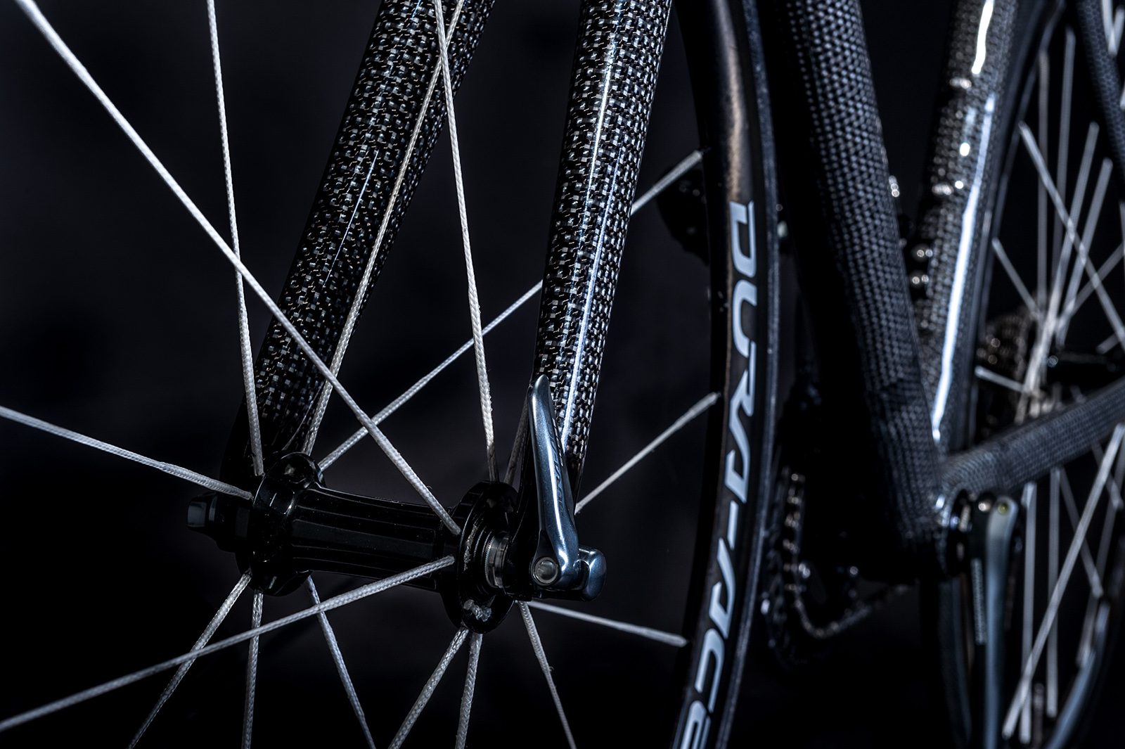 DSM Dyneema is even exploring the use of Dyneema fibers to replace conventional stainless steel spokes, saying they're less likely to break in a crash and also offer enhanced vibration damping characteristics. Photo: DSM Dyneema.