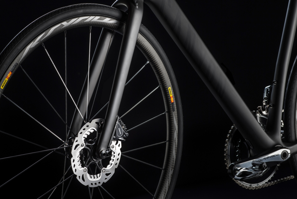 As has virtually every other major brand, Canyon has embraced the new flat mount standard for disc-equipped road bikes. Photo: Canyon Bicycles.