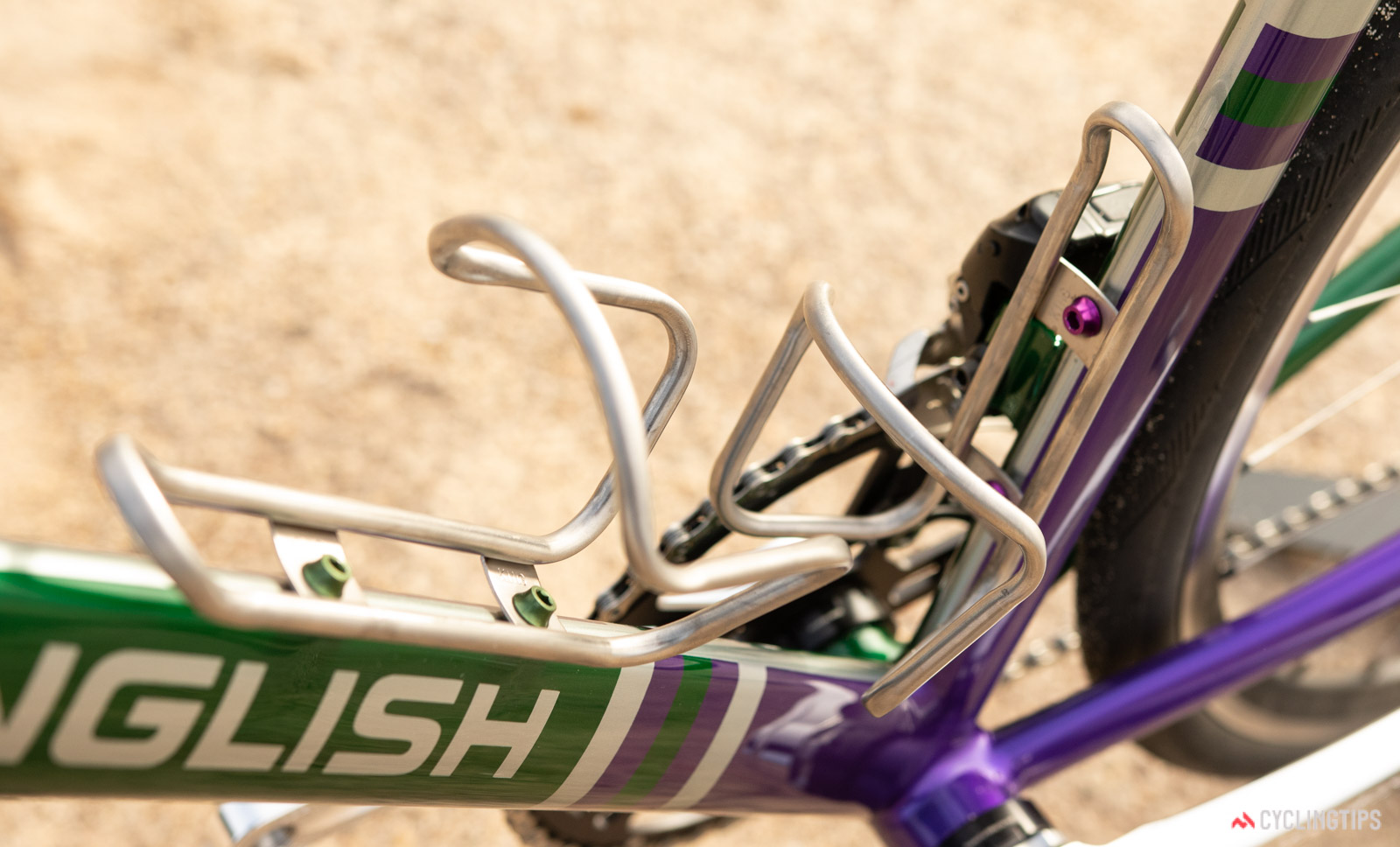 King titanium cages, wolf tooth bidon bolts