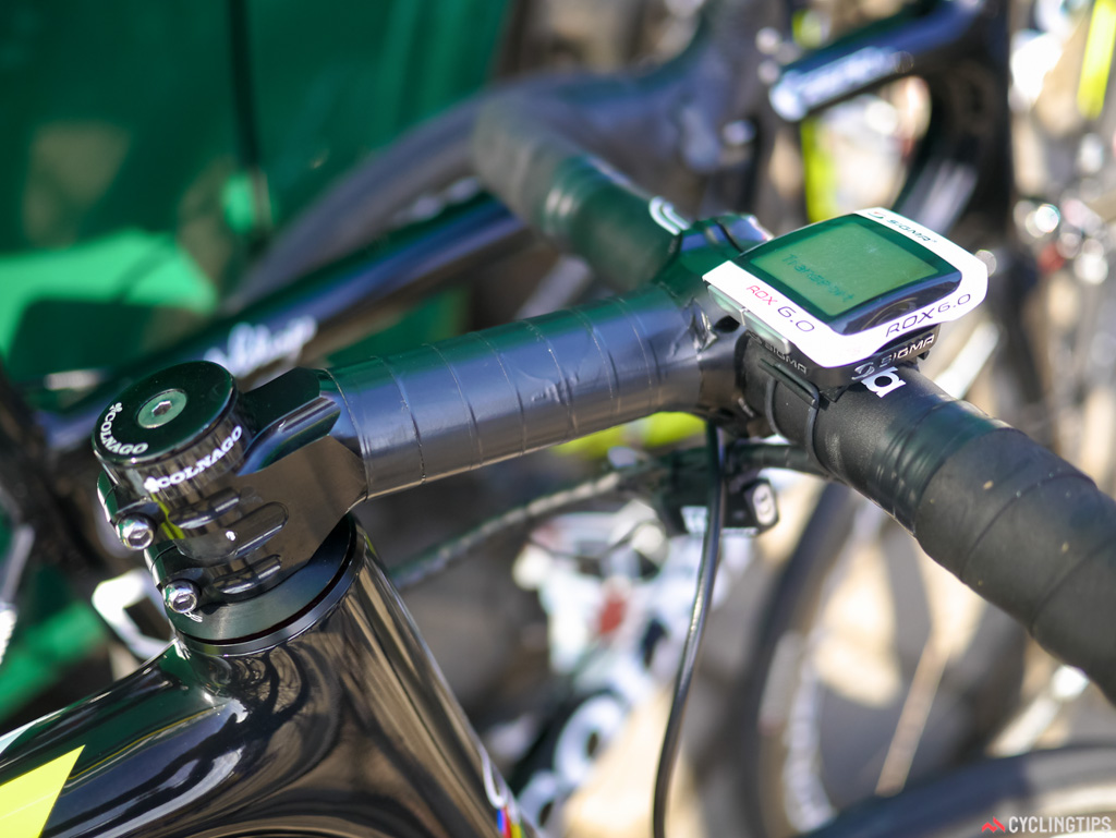 Julien Morice of Europcar clearly can't find a Deda stem to suit, so he has a tapped up FSA stem instead.
