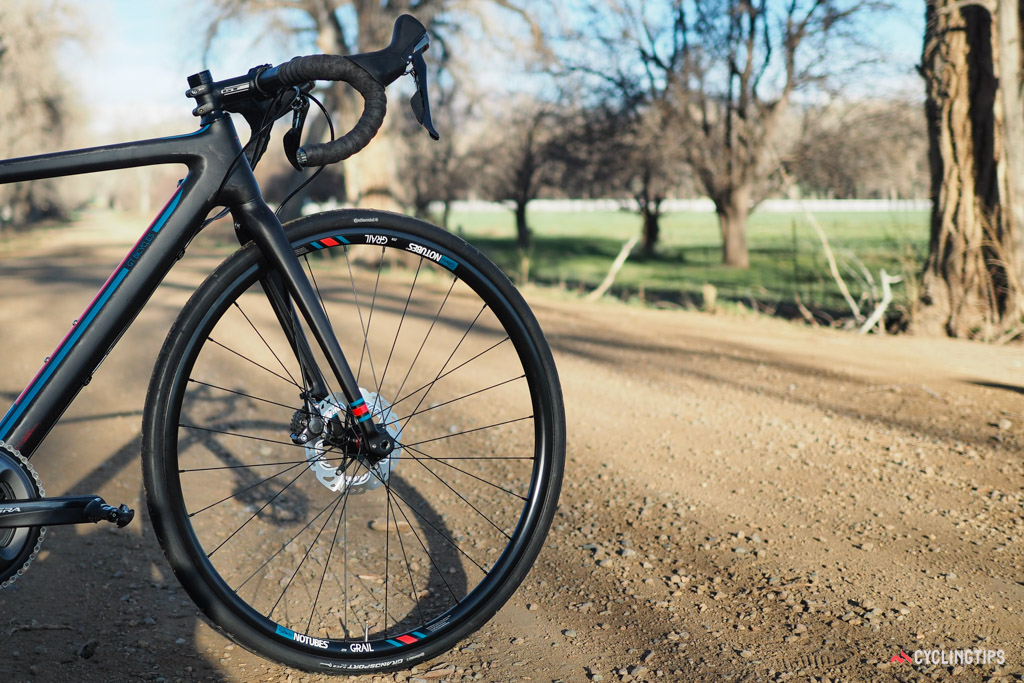 The stock Stan's NoTubes Grail wheelset is a good match for the bike's capabilities but it's disappointing that they're not sealed for tubeless use from the factory. Requisite tubeless valve stems aren't included, either.