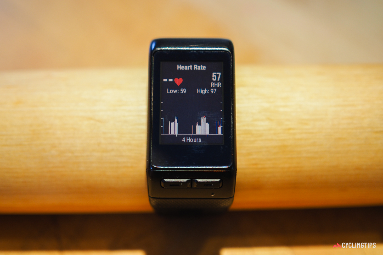 Similarly, the heart rate screen has supplemental sub-screens that provide more detailed past infomation.
