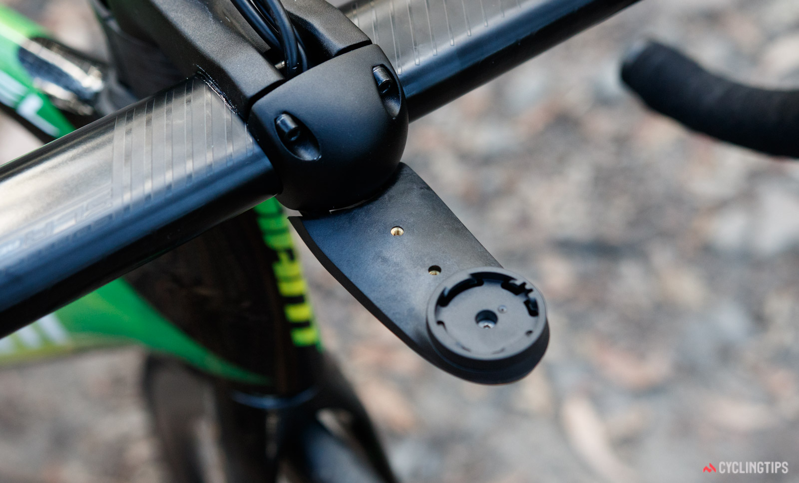 2018 Giant Propel Advanced Pro Disc integrated computer mount