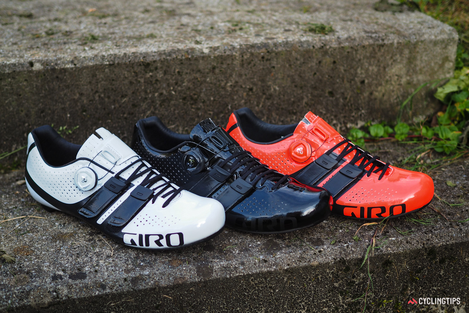 Giro will offer the new Factor Techlace in three different colors. Retail price will be US$350 / €350 when they begin arriving in shops in October. UK and AU pricing is TBC.