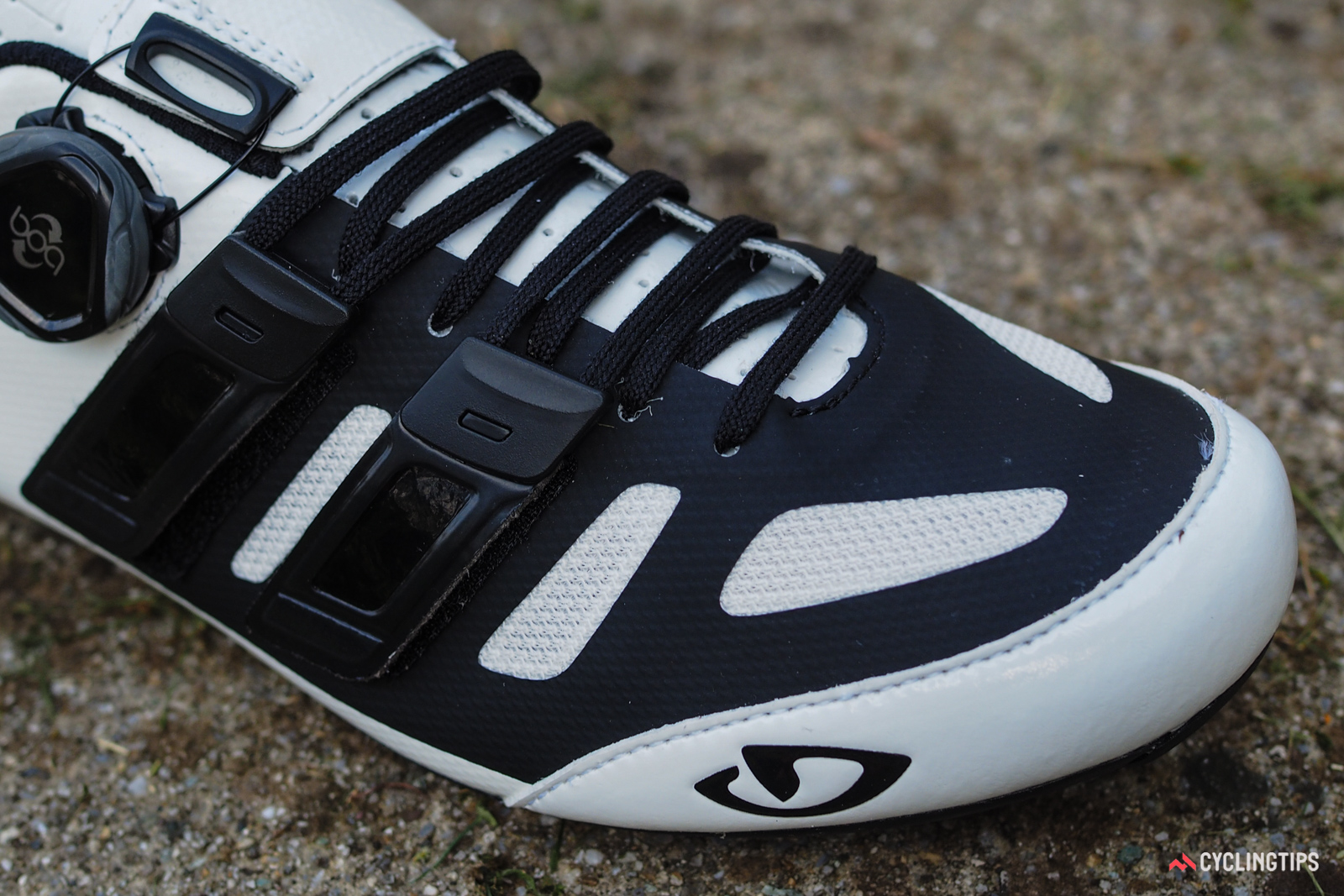 The second-tier Giro Sentrie Techlace and Raes Techlace shoes use more conventional welded and stitched uppers.