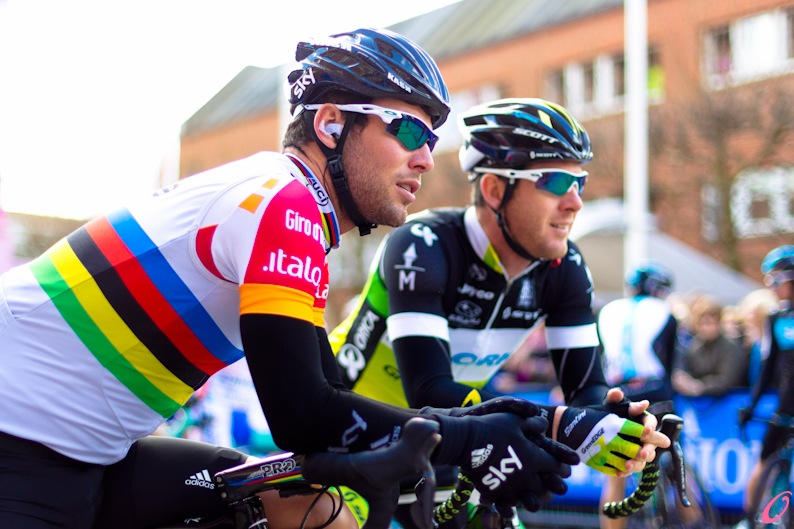 Mark Cavendish and Matthew Goss at the start line in Horsens during stage 3 of the Giro.