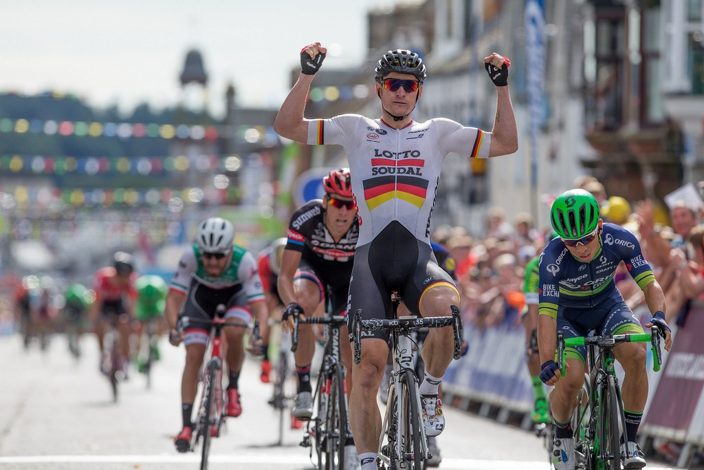 German Andre Greipel (Lotto-Soudal) won the opening stage of the 2016 Tour of Britain, from Glasgow to Castle Douglas.