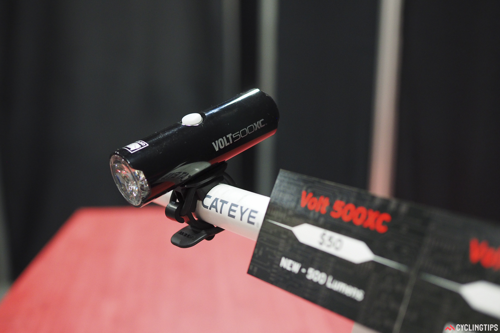 Daylight will soon grow increasingly precious for riders in the northern hemisphere. The CatEye Volt 500XC offers a very usable 500 lumens in a self-contained rechargeable package that costs just US$50.