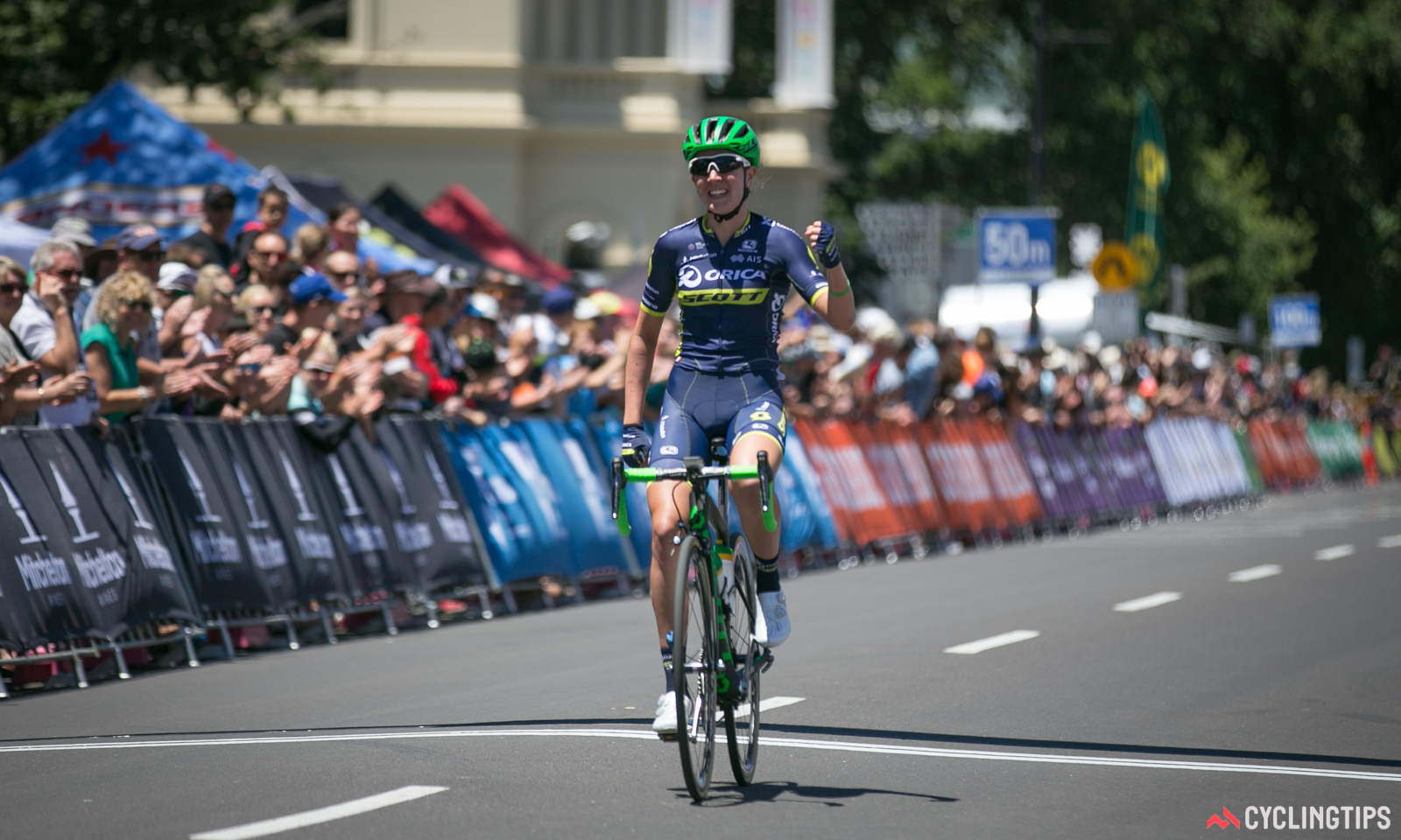 Jessica Allen wins stage 3 of the 2017 Bay Crits.
