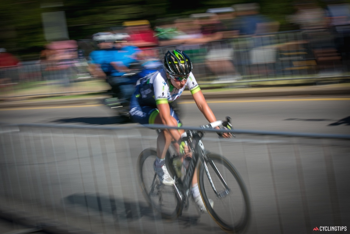 Loes Gunnewijk rides away solo take out stage 1.