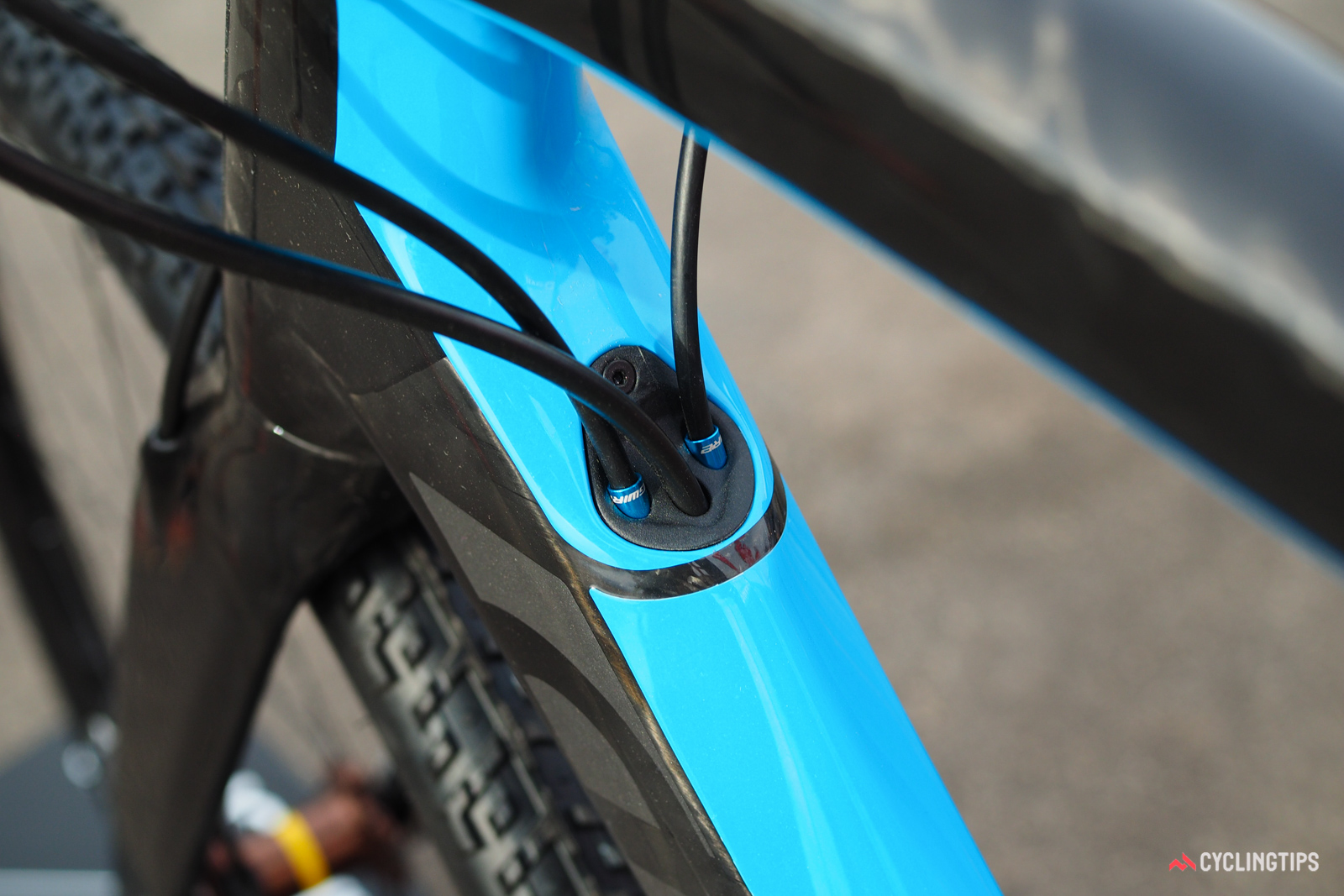 """Devinci calls this the """"Intake Port"""". The convertible internal routing system will accommodate both mechanical and electronic drivetrains, as well as internally routed dropper posts."""