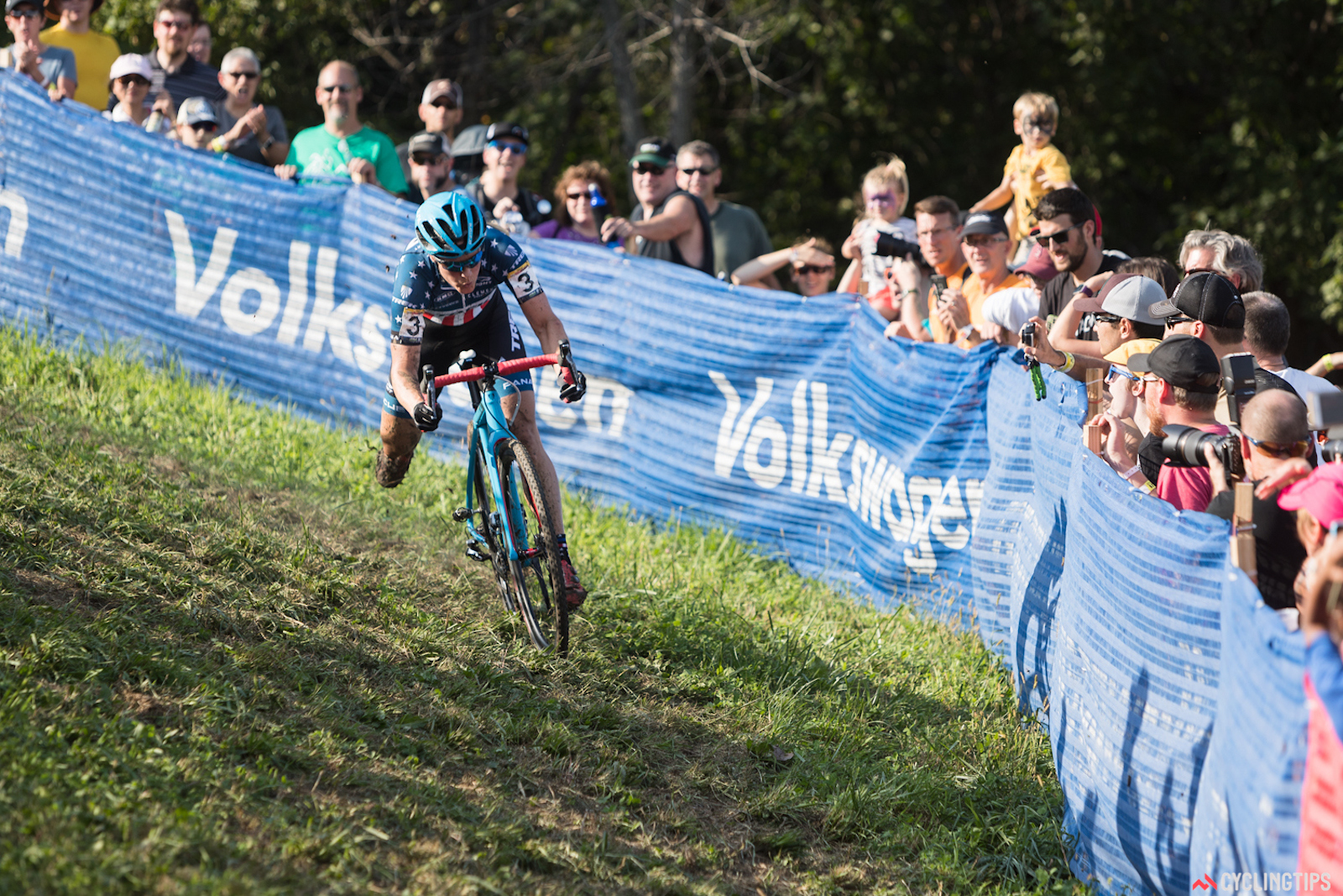 """Katie Compton, on the off-camber descent of """"Mount Krumpit"""" at the 2016 UCI World Cup CX race in Iowa City, Iowa. Photo: Wil Matthews/Jake Orness."""