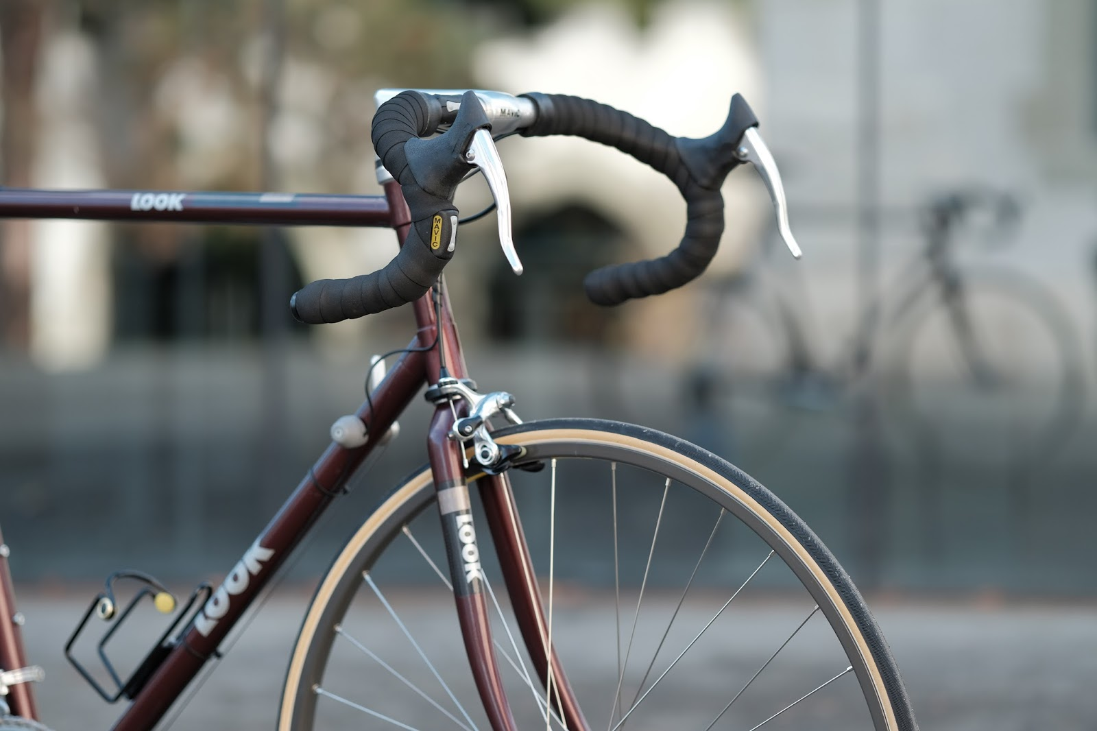 carbon road frame and electronic gear shifting from 1992