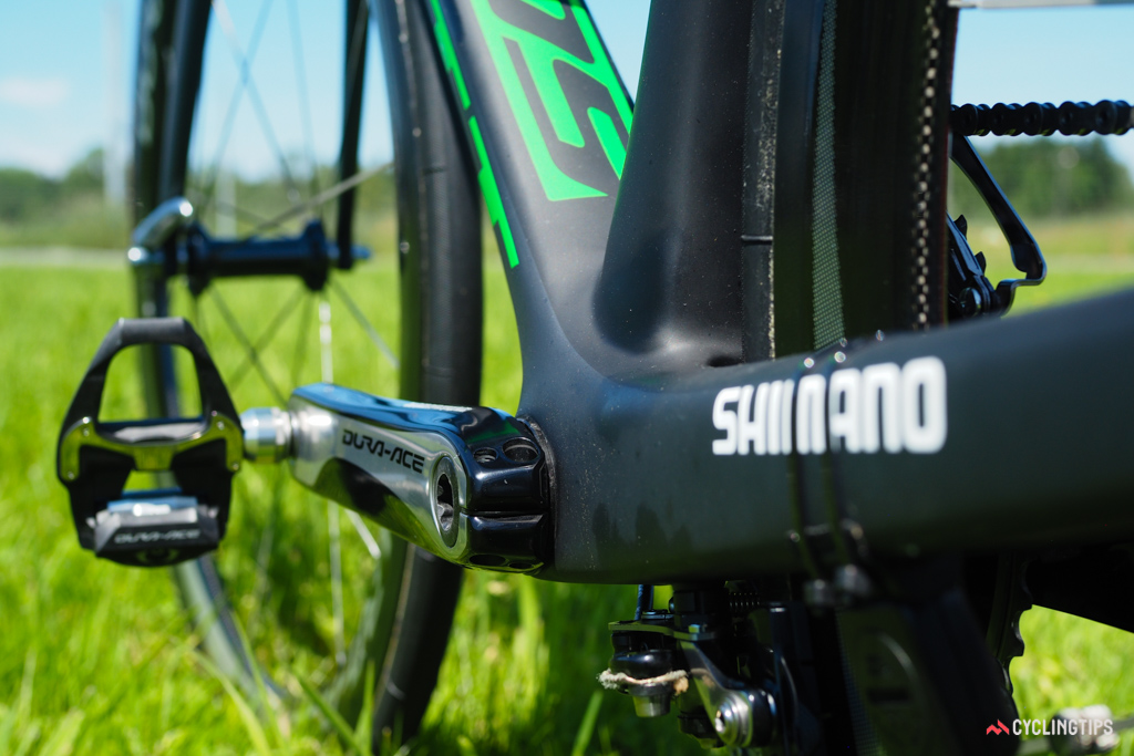 The down tube and chainstays make good use of the PF86 bottom bracket shell's extra width as compared to a conventional threaded setup.