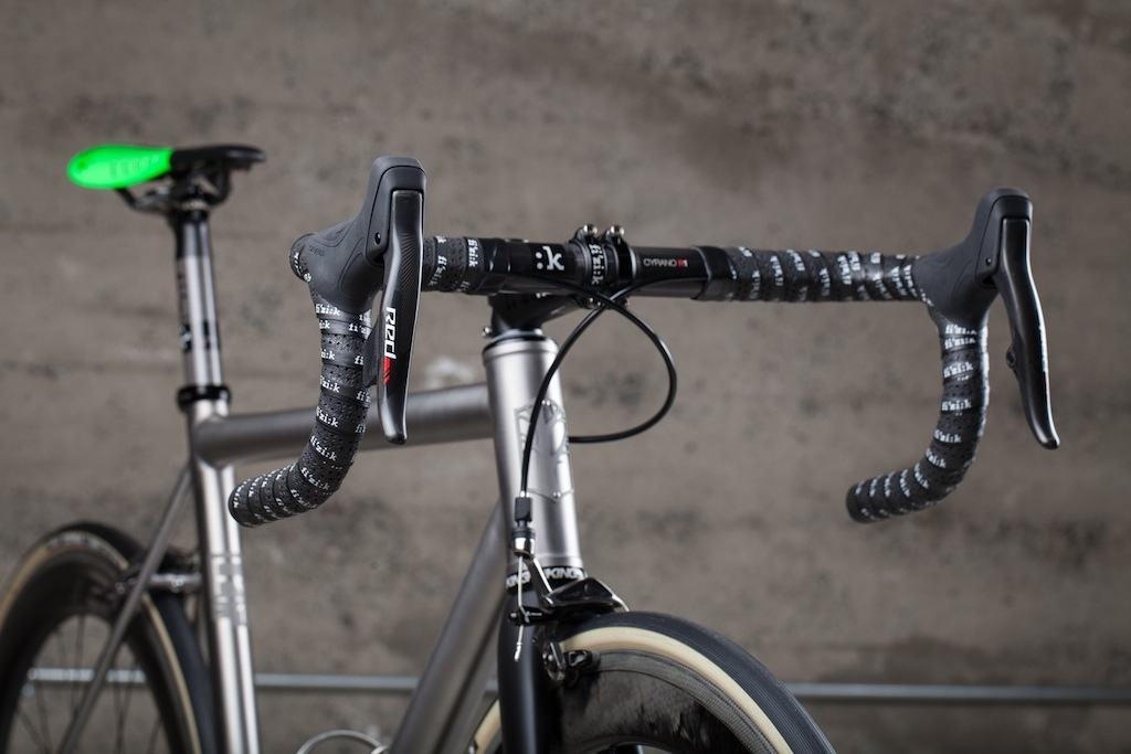 Mosaic Cycles is based in Boulder, Colorado. The RT-1 is the company's premium titanium race bike.