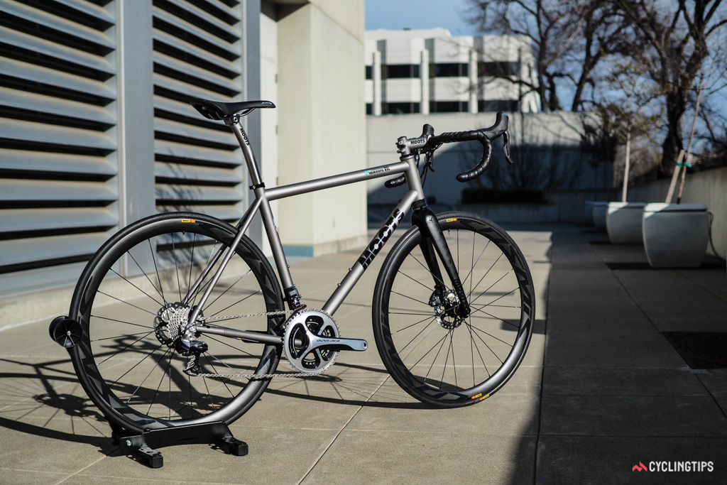 Moots showcased its new 3D-printed titanium disc dropouts on this gorgeous road bike at NAHBS.