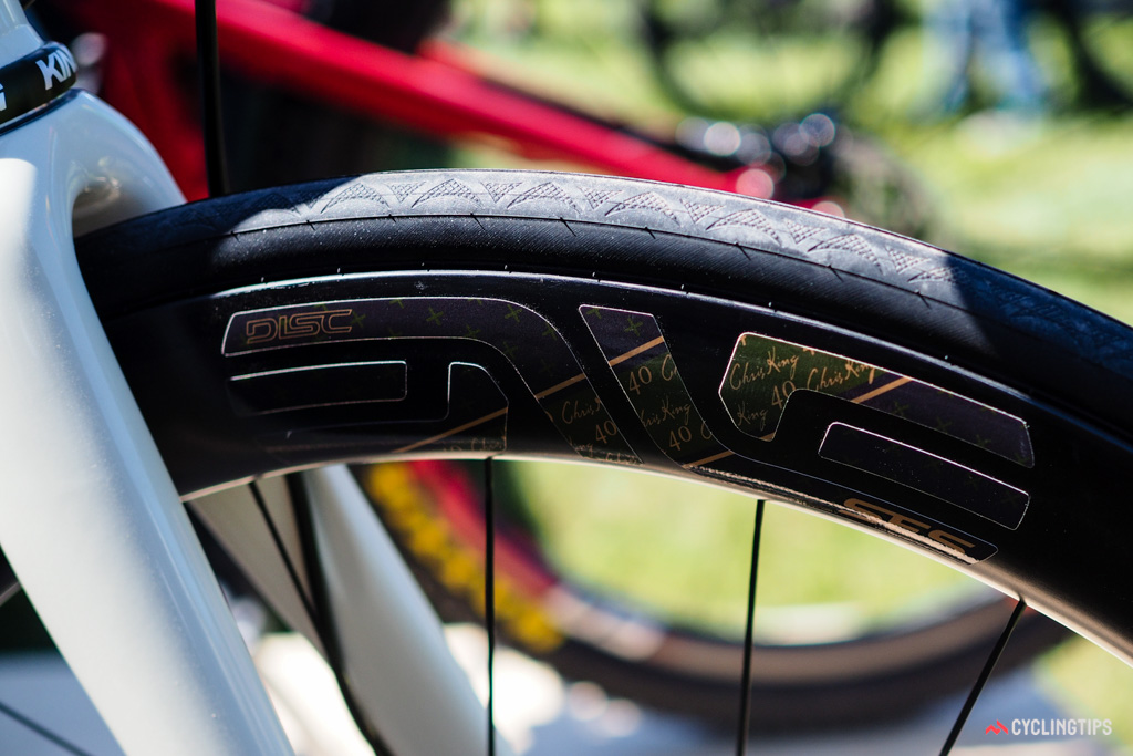 Chris King isn't just partnering with frame builders, either. The latest collaboration to celebrated the company's 40th anniversary is a special set of Enve road wheels.