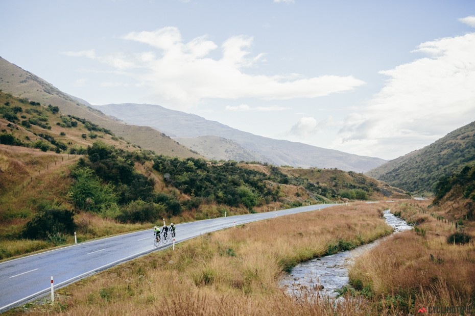 Riding back over the Crown Range from Wanaka to Queenstown on our final day.