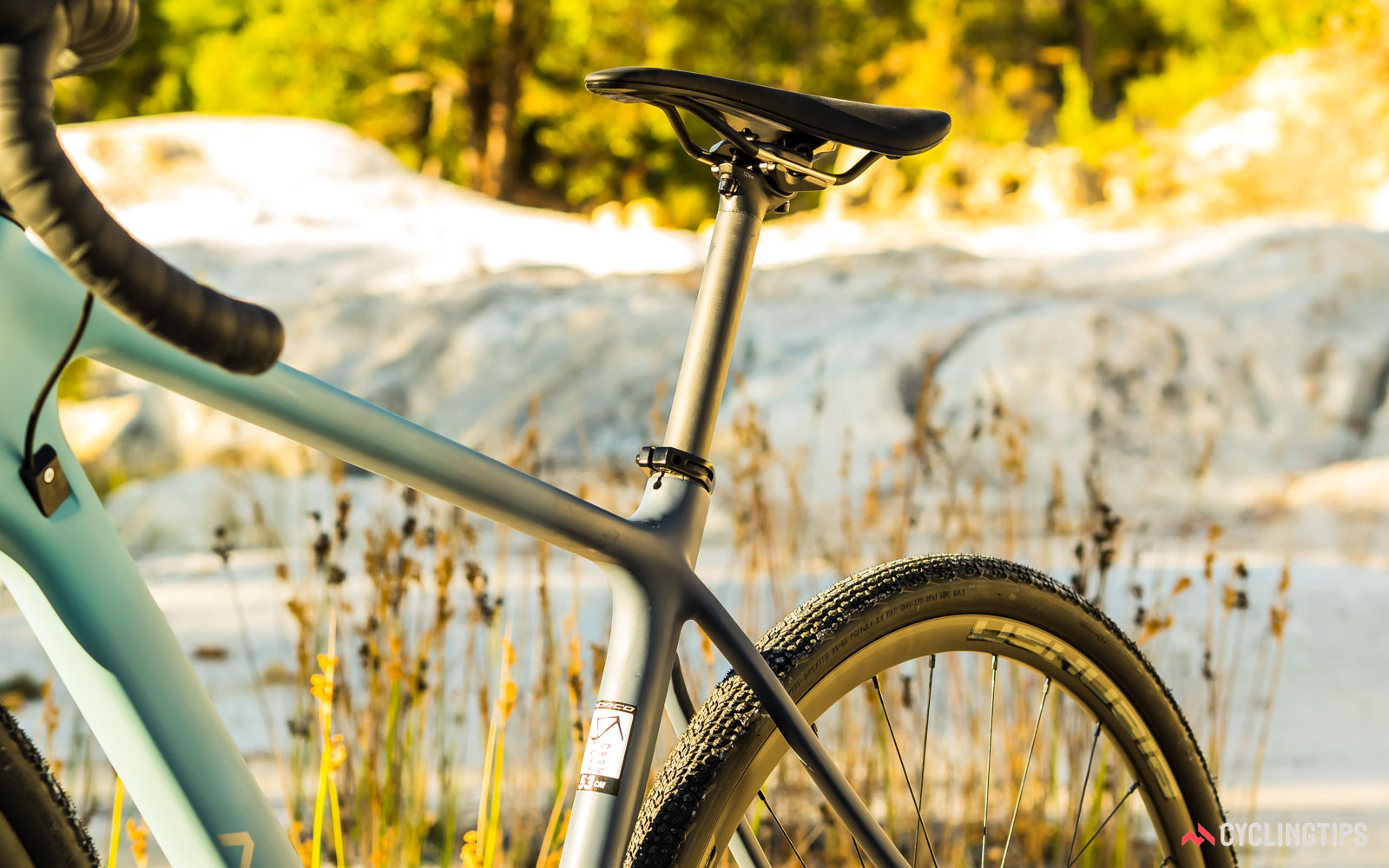 Norco-2018-Search-XR-Carbon-Ultegra-seatpost