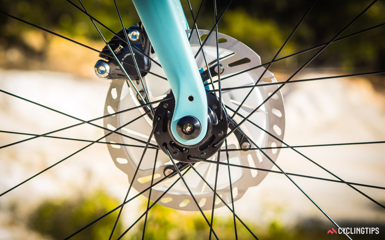Norco-2018-Search-XR-Carbon-Ultegra-front-wheel