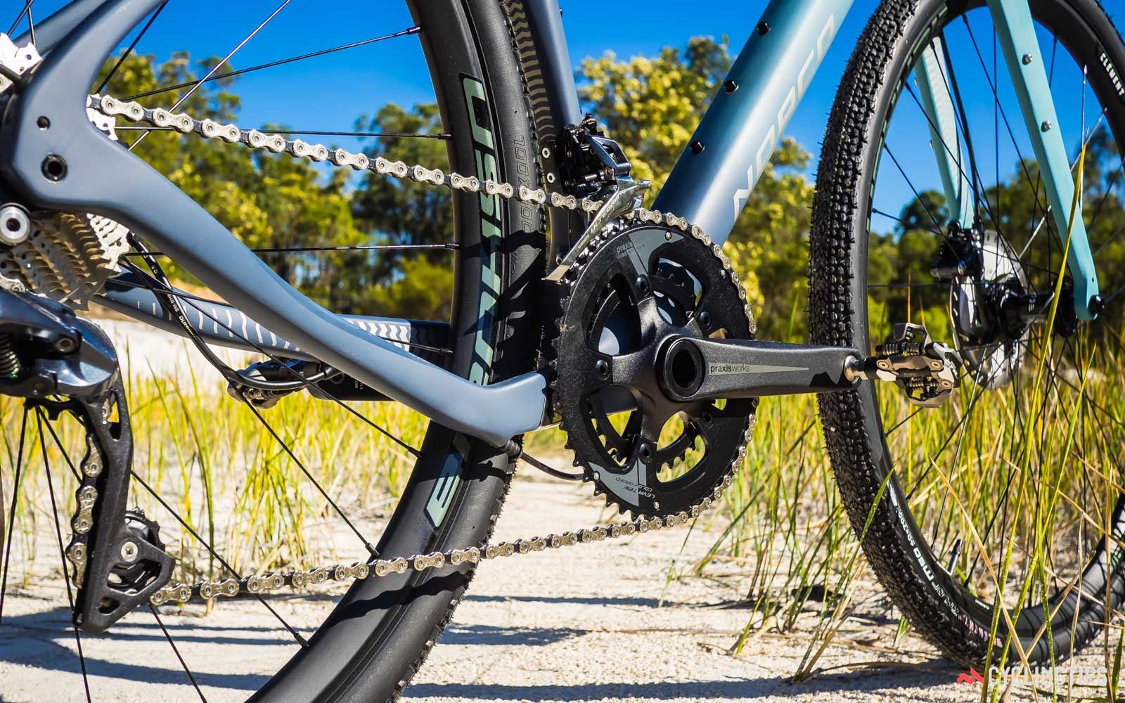 Norco-2018-Search-XR-Carbon-Ultegra-dropped-chainstay